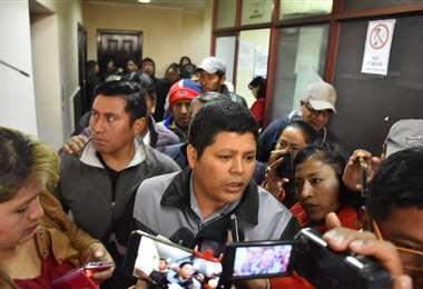 Franclin Gutiérrez sale de una de sus audiencias.