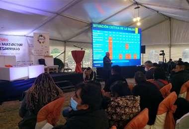 Varias entidades de desarrollo se reúnen en La Paz para proponer políticas.