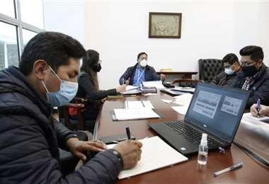 El presidente junto a su equipo económico/Foto: Redes Sociales