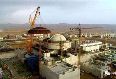 El edificio en construcción donde está instalado el reactor Hualong One Foto Internet