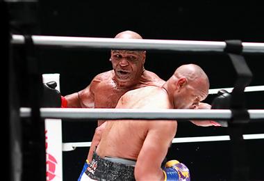Tras 15 años en el retiro Tyson volvió al cuadrilátero. Foto. AFP