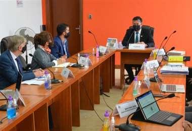 La reunión entre el fiscal y los expertos I Fiscalía.