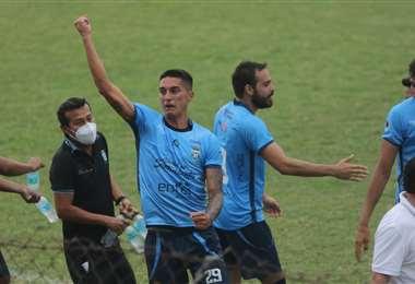 El festejo de Orozco, autor del segundo gol de Blooming. Foto: JC Torrejón