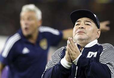 Maradona se recupera de su operación. Foto: APG