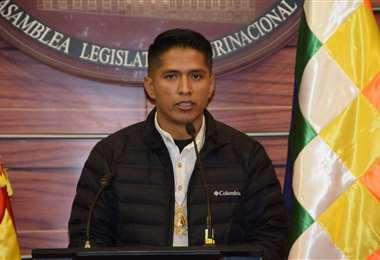 El nuevo presidente de la Cámara Alta I Senado.