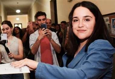 Ofelia Fernández, con 19 años, es la legisladora más joven del continente