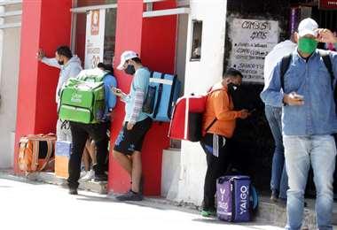 Los deliverys se han masificado en los últimos años. Foto: Fuad Landívar