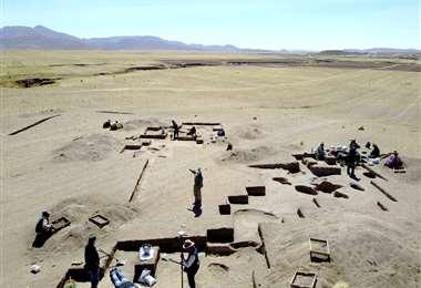 El lugar de las excavaciones en Perú. Foto AFP