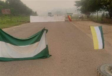 El bloqueo en las rutas limita el tránsito interprovincial