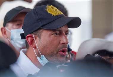 Luis Fernando Camacho acompaña el paro cívico. Foto R. Barba
