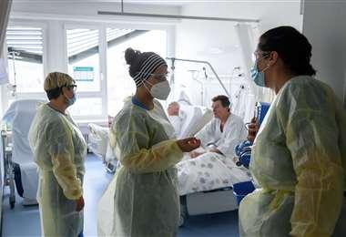 El hospital de La-Chaux-de-Fonds está saturado de pacientes. Foto AFP