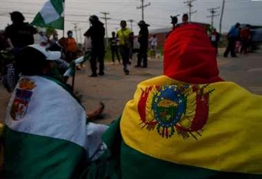 Los jóvenes fueron protagonistas de los bloqueos en el paro. Foto referencial: Ají TV