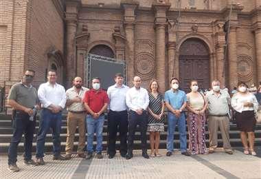 Asambleístas de Creemos se presentaron en la Plaza 24 de septiembre