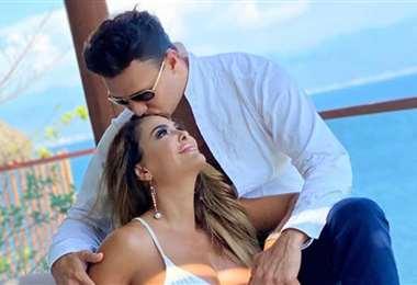 La actriz y cantante Ninel Conde llevaba diez meses de noviazgo con Ramos