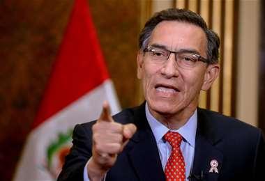 Las acusaciones de corrupción no han mellado el apoyo ciudadano a Vizcarra