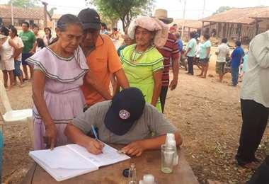 Recolectan firmas en apoyo a la autonomía municipal