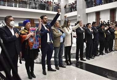 Este es el nuevo gabinete de 16 ministros, 3 son mujeres /APG