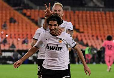 Soler festeja uno de los tres goles que marcó este domingo ante R. Madrid. Foto: AFP