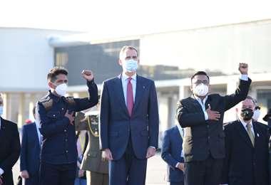 El rey de españa junto a los presidentes de la cámaras. Foto AFP