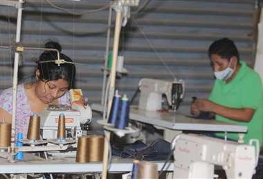 Según el Gobierno los negocios comenzaron a reactivarse/Foto: JC Torrejón