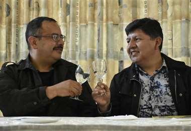 David y Guido celebran el reconocimiento legal de su unión libre