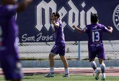 Pastor celebrando su gol. Foto: APG