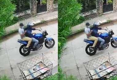 Los delincuentes huyeron a bordo de una moto color azul