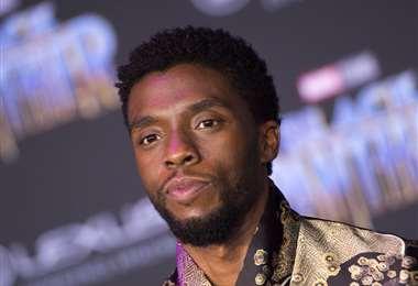 Chadwick Boseman no será reemplazado por otro actor en la secuela de Pantera Negra   AFP