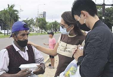 Integrantes de la Fraternidad El Camino compartieron con personas en situación de calle