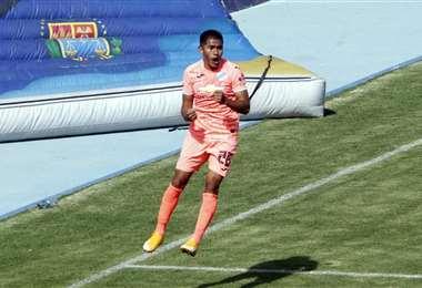 Saavedra celebrando su gol. Foto: APG Noticias