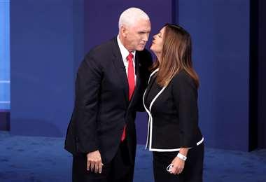 Pence y su esposa Karen Pence