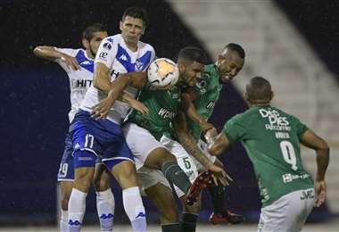 Vélez y Deportivo Cali se enfrentaron el martes por Copa Sudamericana. Foto: AFP
