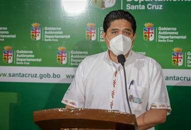Marcelo Ríos en plena conferencia (Foto: Gobernación)