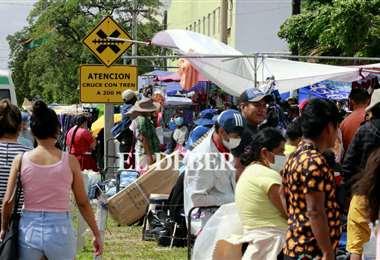 La feria de Barrio Lindo en Santa Cruz. Foto: Ricardo Montero