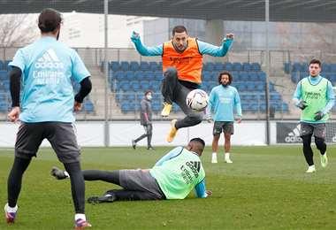 El Real Madrid en pleno entrenamiento. Foto: @realmadrid
