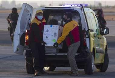 Las vacunas anticovid Pfizer/BioNTech llegan a Santiago (Chile)/Foto: AFP