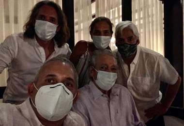 Percy Fernández y su familia | Foto: Facebook