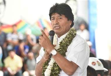 Morales ante sus bases cocaleras/Foto: ABI