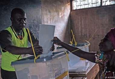 Elecciones en una República Centroafricana bajo la amenaza de las armas
