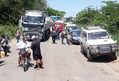 Es la segunda jornada de bloqueo en Yapacaní. Foto: Soledad Prado
