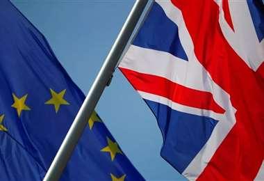La UE da a los británicos acceso libre de aranceles y de cuotas a su mercado