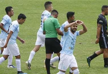 Adriel Fernández celebrando su gol. Foto: APG Noticias