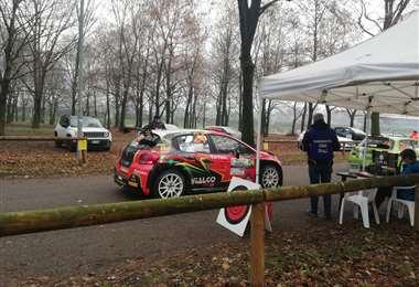 Bulacia en el punto de partida del primer recorrido del Rally de Monza. Foto: Marlene Peña