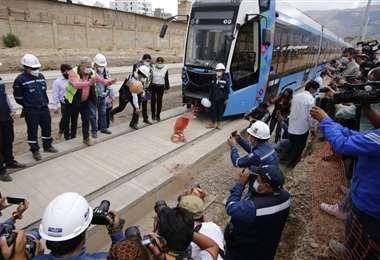 El presidente reinicia obras del tren Metropolitano en Cochabamba. Foto: APG