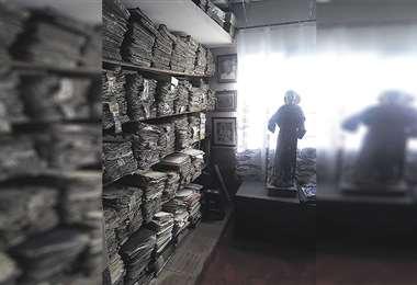 Los documentos notariados y un San Antonio de más de 120 años