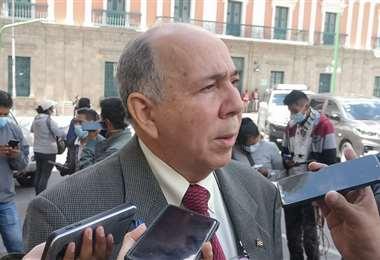 El diplomático cubano I Armin Copa.