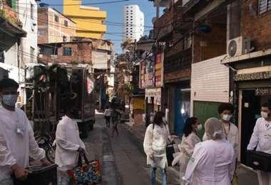 La pandemia vuelve a acelerarse en Brasil