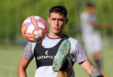 El uruguayo Christian Latorre será baja en la academia por los próximos siete días. Foto. Jorge Uechi