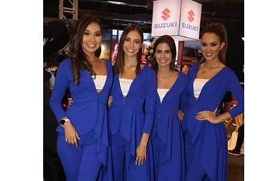 Azafatas. Laura Herrera, Luciana Lozano, Trinidad Ghiglia y Fátima Jordán