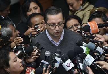 Ortiz anuncia que impugnará la candidatura de Evo. Foto APG
